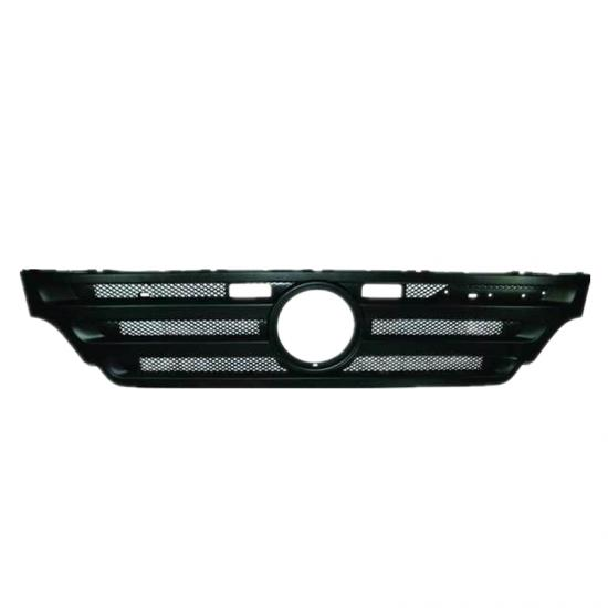Main Grille 9437500218