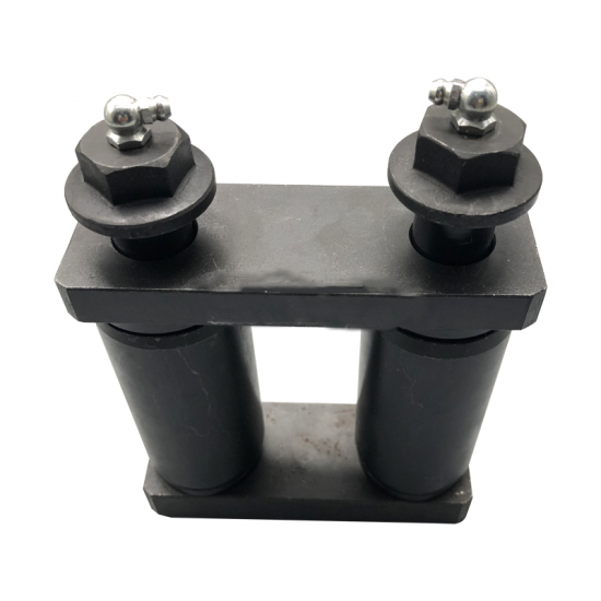 Front Shackle Set With Bushes  20950080